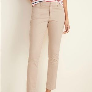 NWT Old Navy Mid-Rise Pixie Ankle Chinos Khaki 2